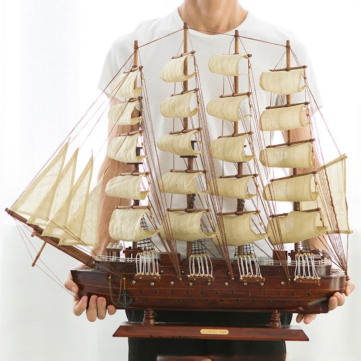 thuyền buồm gỗ to