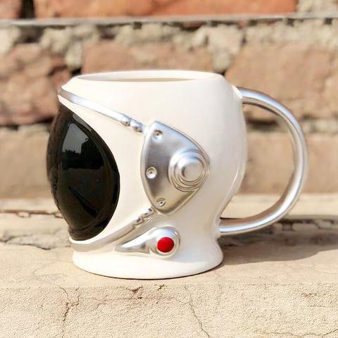 astronaut helmet 3d mug