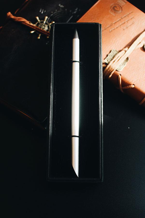 bút kí ngòi đá cao cấp