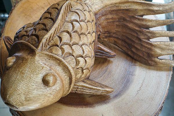 tượng cá vàng