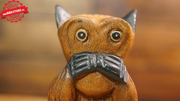 tượng điêu khắc con vật gỗ