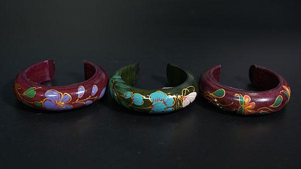 vòng tay gỗ mỹ nghệ